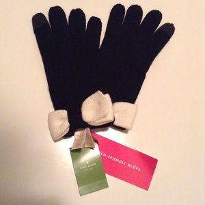 NWT Kate Spade Bow Tech Gloves